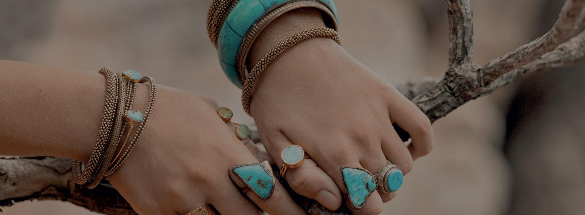 bijoux en pierres et minéraux naturels