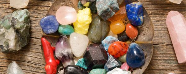 bijoux en pierres semi-précieuses